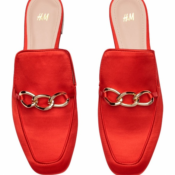 New H&M Slip-on loafers in satin with faux leathe